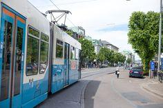 Tram on Avenyn.