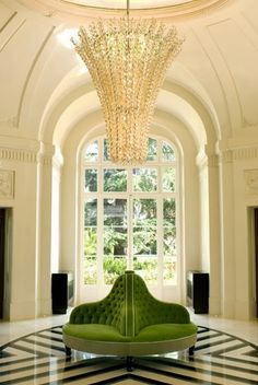 Beautiful foyer, interior design ideas and home decor by South Shore Decorating