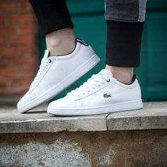 Lacoste Shoes Women, Lacoste Sneakers, Running Sneakers, Running Shoes For Men, Smart Fit, Workout Shoes, Kinds Of Shoes, Everyday Outfits, Gym Men