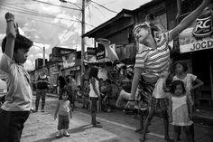 Chinese Garter Photo by Reginald de Guia -- National Geographic Your Shot