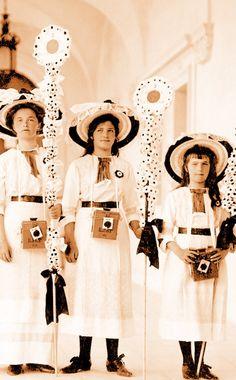 Olga, Maria and Anastasia ~ White Flower Day, 1912