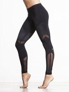 Sheila Legging by ALO YOGA in Black/Black Glossy/Black