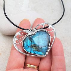 Wire Weaving, Copper Jewelry, Labradorite, Wrapping, Contemporary Art, Valentines Day, Gemstone Rings, Gemstones, Heart