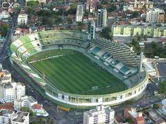 Estádio Antônio Couto Pereira - Curitiba (PR) - Capacidade: 40,3 mil - Clube: Coritiba