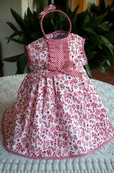 Vestido de pique blanco y rojo Cute Little Girl Dresses, Cute Outfits For Kids, Girls Dresses, All Fashion, Kids Fashion, White Baby Dress, Baby Sewing, Dress Patterns, Toddler Girl
