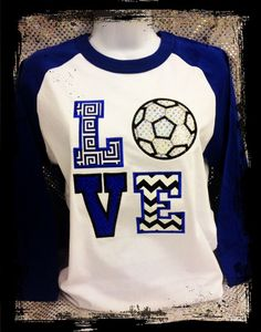 Helping You Understand The World Of Soccer With These Easy Tips. Would you like to become a great soccer player? Great soccer players are those who have a great understanding of the game and understand all the different Top Soccer, Girls Soccer, Play Soccer, Soccer Stuff, Basketball, School Spirit Shirts, School Shirts, Mom Shirts, Soccer Outfits