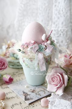 Ideas For Craft Ideas Easter Flower Pots Easter Egg Crafts, Easter Projects, Easter Eggs, Shabby Chic Kranz, Easter Flowers, Easter Parade, Easter Holidays, Vintage Easter, Easter Wreaths