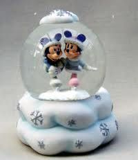 pictures of snow globes - Google Search