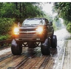 CHEVY HIGH FLY!