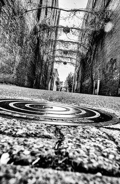 Luiten Images - Back alley, Salem, Oregon