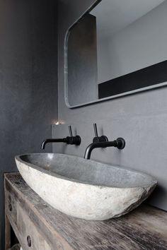 Modern Bathroom, Master Bathroom, Wall Cladding, Dream Bathrooms, Luxury Interior Design, Cottage Homes, Toilet, Sink, New Homes