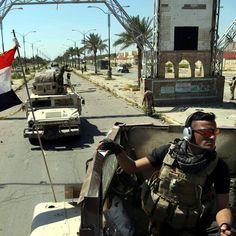 Forze di sicurezza irachene a Tikrit, la città nel nord del paese liberata dal controllo del gruppo Stato islamico