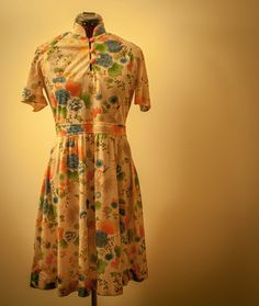 #Vintage #Floral print #dress. I picked up this lovely dress while traveling through rural Wisconsin - totally unexpected!