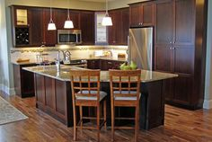 Kitchen Cabinets in Nanaimo and Duncan BC - Gillingham Cabinets