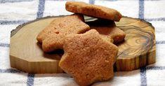 Φέτος είπα να κάνω την ανατροπή! Να ξεφύγω από τα παραδοσιακά Χριστουγεννιάτικα γλυκά (μελομακάρονα, κουραμπιέδες) και να φτιάξω μπ... Christmas Cookies, Biscuits, Food And Drink, Sweet, Desserts, Xmas Cookies, Crack Crackers, Candy, Tailgate Desserts