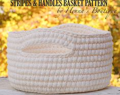 """~~~~ Pattern only, not a finished product ~~~~   This is a PDF pattern for Nesting Scallop Edge Baskets. { Skill Level } EASY ~ requires some experience { Dimensions of the Baskets } With this pattern you can create 4 different sizes of baskets:  SMALL: 5.5"""" W x 4.5"""" H MEDIUM: 7.5"""" W x 5"""" H LARGE: 9.5"""" W x 5.5"""" H X-LARGE: 11.5"""" W x 6"""" H  { The Pattern } The pattern is detailed with easy to follow written directions. It is written in standard American terms. All used abbreviations are listed…"""