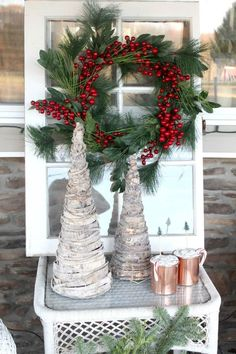 38 Marvelous Rustic Farmhouse Christmas Decor Ideas, Bring T.- 38 Marvelous Rustic Farmhouse Christmas Decor Ideas, Bring The Natural Festive To Your House – GoodNewsArchitecture - Christmas Porch, Christmas Mantels, Farmhouse Christmas Decor, Rustic Christmas, Simple Christmas, Beautiful Christmas, Farmhouse Decor, Christmas Crafts, Farmhouse Style