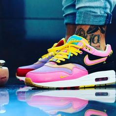Nike iD Creatives ( Air Max Sneakers, Sneakers Nike, Shoe Gallery, Nike Id, Shoe Company, Nike Shoes Outlet, Looks Style, Shoe Collection, Me Too Shoes