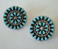 Graceful Vintage ZUNI Turquoise Petit Point Cluster EARRINGS