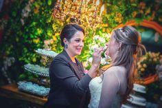 Cuidado especial com a noiva Tainá! Fotografia Luis Baroni
