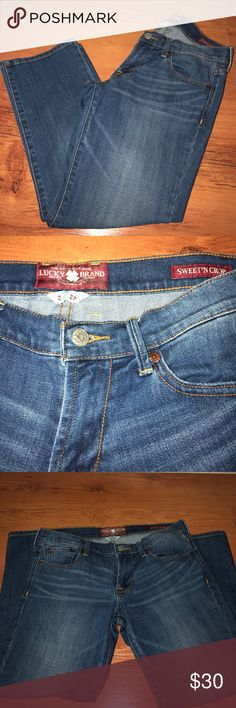 ☘️☘️ Lucky Brand Sweet & Crop Jeans ☘️☘️ ☘️ gently worn in excellent condition ☘️ ☘️ inseam is 24☘️ Lucky Brand Jeans Ankle & Cropped