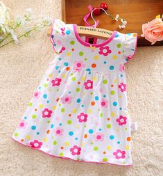 Pink orange daisy dress from smocked auctions – ArtofitA-Line Short Sleeve Printed Casual Dress Baby Frocks Designs, Kids Frocks Design, Frocks For Girls, Little Girl Dresses, Toddler Outfits, Kids Outfits, Baby Girl Dress Patterns, Frock Patterns, Clothes Patterns