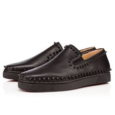 PIK BOAT FLAT CALF GRAIN, BLACK/BLACK MAT, Calf, Men Shoes, Louboutin.
