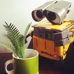 #toy #toyphotography #ilovegreen #walle #pixar #playmobil
