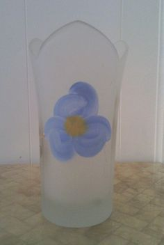Decorative Opaque Tulip Vase with Flower Design ONLY $5?!! @eBay