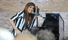 """Credit: American YouTube star Christina Grimmie sings Aretha Franklin's """"Respect"""" at the Tate Modern in London"""