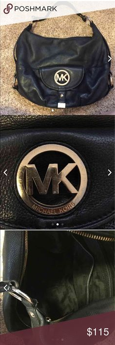 Michael Kors purse Black slightly used Michael Kors purse. Will clean before shipping. Selling for less on Ⓜ️ercari Michael Kors Bags Shoulder Bags