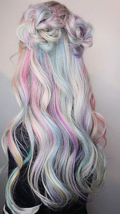 Light Pastel Rainbow Hair Inspiration For Summer As though colorful beams of light were caressing your hair, this pastel rainbow trend will add plenty of glam to your summer look. Cute Hair Colors, Pretty Hair Color, Hair Dye Colors, Hair Color Blue, Pastel Hair Colors, Pastel Rainbow Hair, Pastel Colored Hair, Rainbow Hair Colors, Dyed Hair Pastel