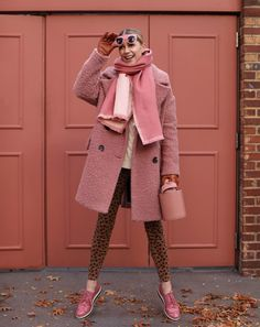 Bundled up in pink and leopard on Atlantic-Pacific // Blair Eadie casual sunday style files Pink Fashion, Fashion Outfits, Womens Fashion, Style Fashion, Winter Wear, Autumn Winter Fashion, Vestidos Animal Print, Mode Rose, Blair Eadie