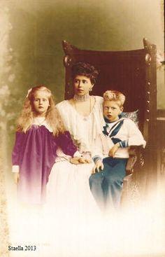 Marie, Elisabeth and Carol