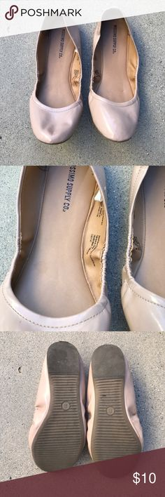 Mossimo Supply Ballerina Tan color ballerina shoes, foldable, and comfortable, worn only once. Mossimo Supply Co Shoes Flats & Loafers