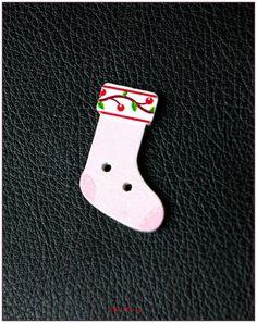 """Boutons en bois chaussettes de noël """"modèle 06"""" x1 : Boutons par lilycherry"""