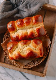 This homemade brioche is also heavenly when served slightly warm with softened butter. Leftover brioche also makes excellent French toast! Homemade Brioche, Brioche Recipe, Brioche Bread, Brunch Recipes, Bread Recipes, Cooking Recipes, Cookbook Recipes, Bun Recipe, Recipe King
