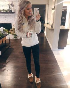 Living My Best Style Fashion Lifestyle with Katy Roach Outfits Winter Outfits For Teen Girls, Cute Fall Outfits, Mom Outfits, College Outfits, Fall Winter Outfits, Holiday Outfits, Autumn Winter Fashion, Fashion Outfits, Womens Fashion