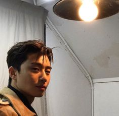 doesn't need good lighting, his pics are always lit watch the K-drama star in She Was Pretty, streaming free on AsianCrush. Link in bio. Witch's Romance, K Park, Park Seo Jun, Jung Hyun, Kim Jung, Asian Actors, Korean Actors, Korean Dramas, Park Seo Joon Instagram
