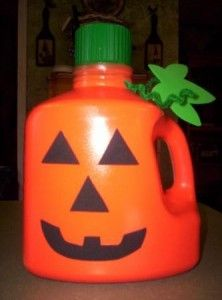 Eight Great Eco-Halloween Kid Crafts   (viaCrafting a Green World)