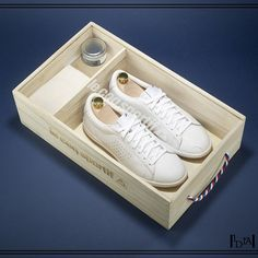 LE COQ SPORTIF Arthur Ashe full white. Réédition à 136 paires de ce modèle iconique de 1964 (fabrication française) / Reissue of 136 pairs of this iconic model of 1964 (made in France). 1d1fa