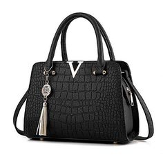 Cheap bag v, Buy Quality leather women bag directly from China designer women bag Suppliers: Crocodile leather Women Bag V letters Designer Handbags Luxury quality Lady Shoulder Crossbody Bags fringed women Messenger Bag Designer Purses And Handbags, Luxury Handbags, Fashion Handbags, Stylish Handbags, Cheap Handbags, Women's Handbags, Luxury Bags, Crossbody Shoulder Bag, Shoulder Handbags