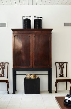 Ray Booth Design | Houston Modern Texas Homes, Elements Of Design, Booth Design, Home Projects, Houston, Cabinet, Interior Design, Storage, Modern