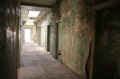 Abandoned hospital, Humberstone, Chile, via Flickr.