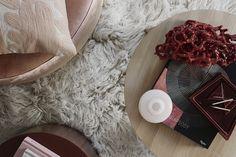 Kika in i magiska – mitt i stan Flat Lay Photography, Flatlay Styling, Colour Schemes, Ugg Boots, Uggs, Layers, Color, Fashion, Velvet