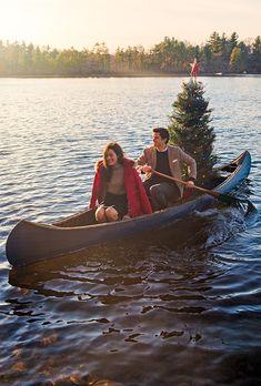 Classy Girls Wear Pearls: Christmas Canoe