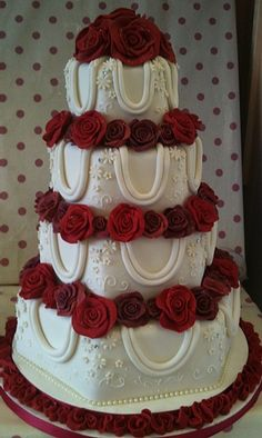 Gorgeous Wedding Cake With Roses I Love The Draped Pearls And Shade Of Yellow Is Just Right Beautiful B