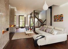 Ameublement design moderne et luxueux pour l'intérieur de cette maison de ville rénovée