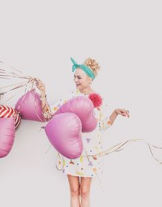 // photo by max wanger Inspiration Photoshoot, Work Inspiration, Kreative Portraits, Portrait Photography, Fashion Photography, Balloons Photography, Heart Photography, Heart Balloons, Mylar Balloons