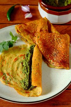 ADAI DOSA {SAVORY MIXED LENTIL CREPES}. Adai dosa is a kind of savory lentil crepes made in South India. Apart from the soaking time for lentils, the adais come together really quickly once the batter is made. Great choice for a #healthy #breakfast, after school #snack or even light #dinner. #happyandharried #adai #dosa #lentil #crepe #chutney #recipe #savory